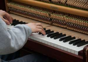 Piano Classes: it is never too late to learn to tinkle the ivories