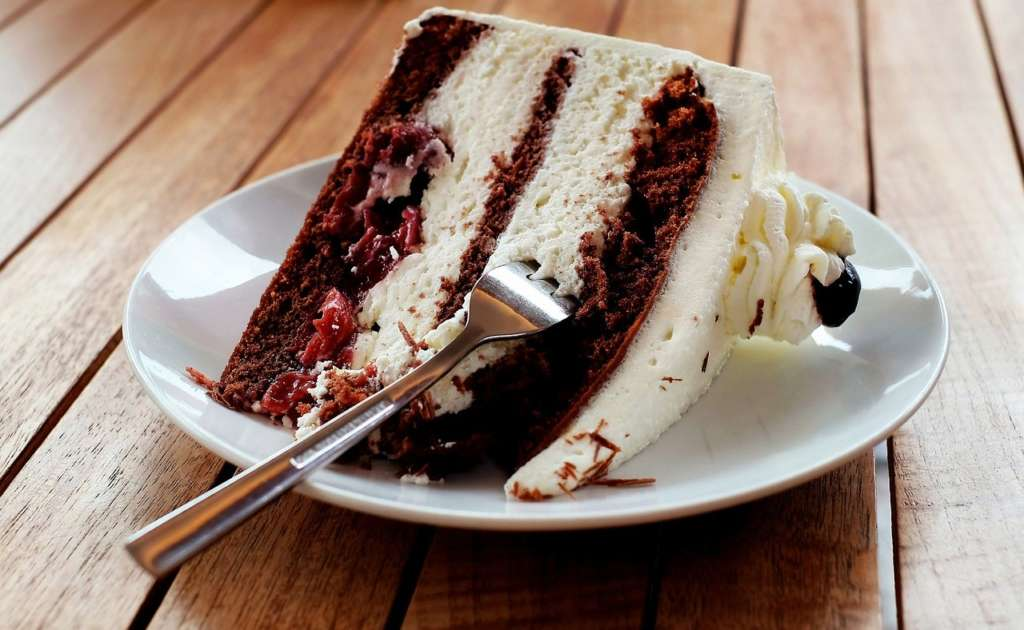 Cake-Making and Decorating Courses