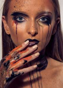 Diploma in Fashion and Glamour Makeup