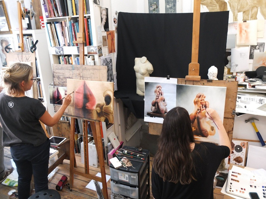 Dublin Art Studio - Contemporary & Classical Drawing and Painting techniques
