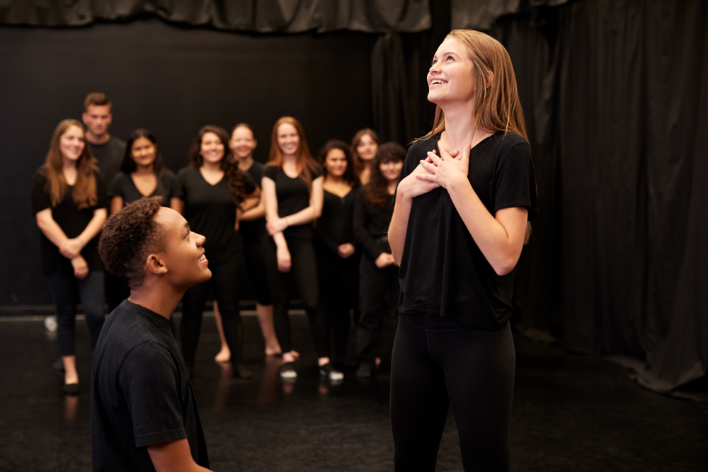Get Into Acting! 5 Reasons to Learn Acting